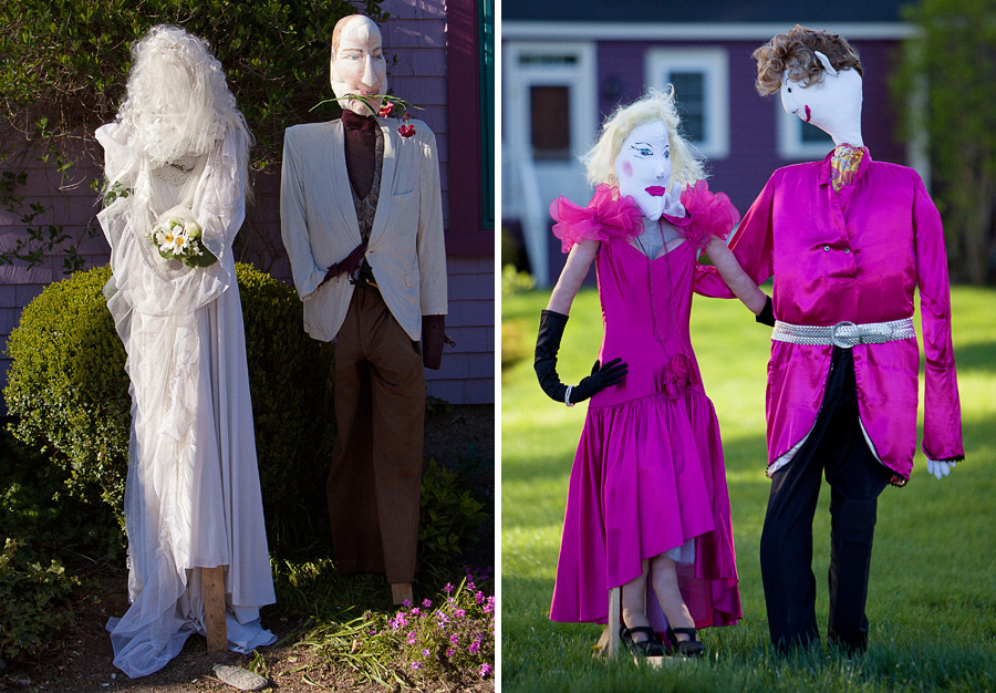 couples of scarecrows